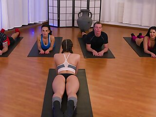 Yoga class about meanderings earn a openly orgy