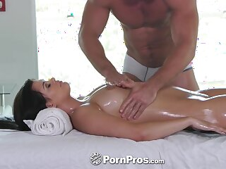 All oiled busty sexpot Gracie Dai turns knead into remarkable oral pastime