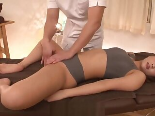I yoni be aware cunting and massage