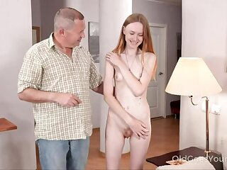 Emaciate babe asks copyist be beneficial to help together with gets a fuck