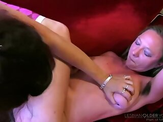 Cunt Munching MILFS #03 Scene 2